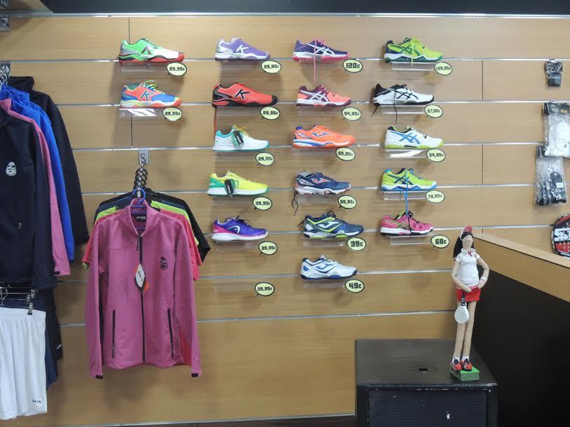 9067cbadb Padel Nuestro abre una tienda en el club Getafe Set Point Indoor